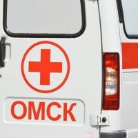 Работника АЗС привезли в омскую больницу с многочисленными переломами