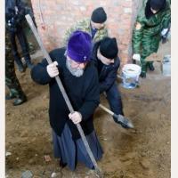 Омские священнослужители поучаствовали в реставрации  Свято-Никольского Казачьего собора