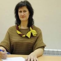 В горсовете Омска стало больше на одну женщину-депутата