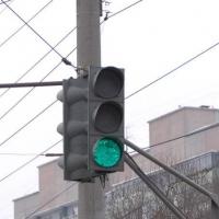 Зеленый свет светофора на Ленинградской площади будет гореть дольше