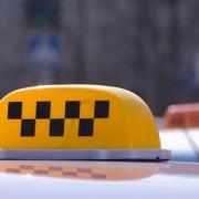 Омские такси привезли в бюджет области 573 тысячи рублей