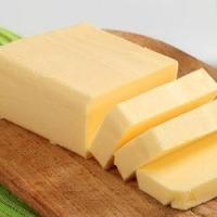 В Омской области на 20 процентов увеличилось производство сливочного масла и сыра