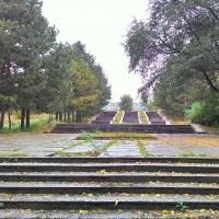 В Советском парке Омска демонтировали почти 90% старого покрытия