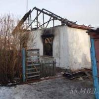 Пьяна омичка подожгла дачный дом