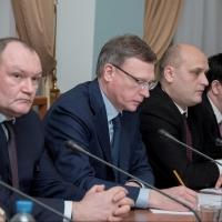 Бурков обсудил с промышленниками развитие Омска