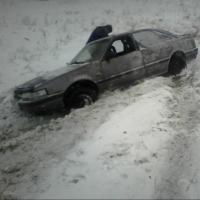 На трассе в Омской области два автомобиля слетели в кювет