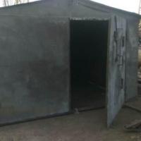 В Омске на улице Братская задержаны похитители металлических гаражей
