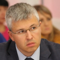 Саяпин больше не банкрот благодаря помощи Виктора Шкуренко