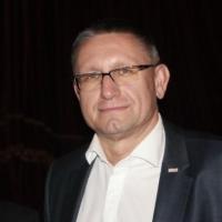 Врио ректора ОмГМУ вывел пассажирку самолета из обморочного состояния