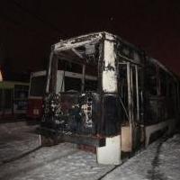 Утром 2 января в Омске полностью сгорел трамвай