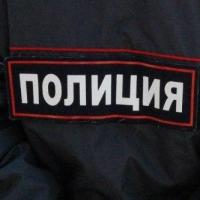 В Омске из машины украли телефон за 50 тысяч рублей