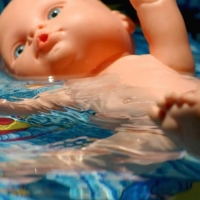 Делами утонувших за выходные детей занялись следователи
