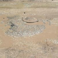 В Омске готовят ливневые канализации и колодцы к паводку