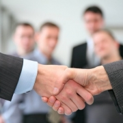 Сбербанк предоставляет малому бизнесу 10 кредитов в день