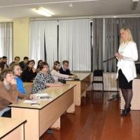 В Омске специалисты Сбербанка рассказали студентам  о финансовой грамотности