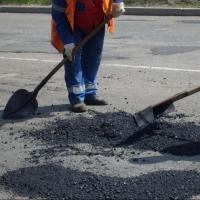 На ремонт автодорог Омска, Тары и Черлакского района направлено 650 миллионов рублей