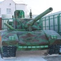 Осужденные омского ЛИУ-2 построили из снега танк Т-14 в натуральную величину