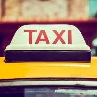 Омский таксист избил требовавшего скидку пассажира и ограбил