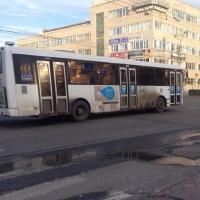 Мэр Омска предложил выделить еще 100 миллионов рублей пассажирским предприятиям