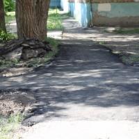 Омские дорожники отремонтировали тротуары на 95%