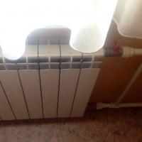 Омичам напоминают, что за отопление нужно платить и летом