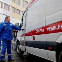 Под колесами «Лады» в Омске погибли мужчина и ребенок