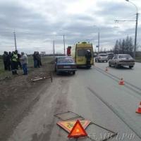 На Левом берегу в Омске сбили двух дорожных рабочих