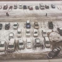 Автохамы заблокировали припарковавшихся возле омского ТРК «Маяк Молл»