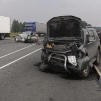 В аварии под Омском пострадали 12 человек, в том числе 6 детей