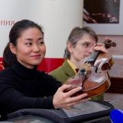 Саяка Сёджи сыграет омичам на скрипке Страдивари