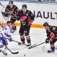 Омский «Авангард» не смог прервать серию побед питерского СКА