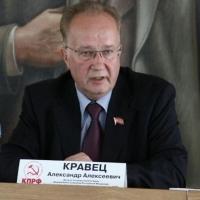 Кравец пожаловался в Госдуме на повышение цен на бензин в Омске