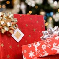 Идеальный праздник: всем – новогодние подарки и конфеты