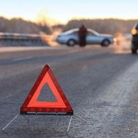 На Красноярском тракте произошла серьезная авария с автобусом
