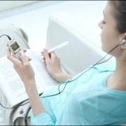 Школьникам могут разрешить использовать диктофоны на уроках