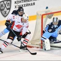 Хоккеисты омского клуба победили «Сибирь», несмотря на 14 минут штрафного времени