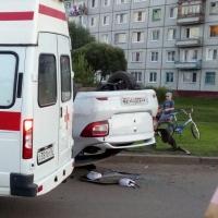 Пьяный водитель перевернулся на Renault на окраине Омска