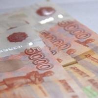 В Омске продавец салона связи присвоила 240 тысяч рублей