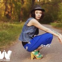 Фотограф из Омска Тина Рузина презентовала собственную линию одежды