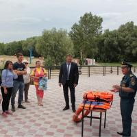 Юные экологи проверили качество воды в Иртыше