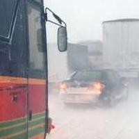 В Казахстане из-за метели застрял автобус из Омска с 27 пассажирами