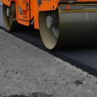 На строительство дублера улицы 70 лет Октября в Омске подрядчику обещают аванс