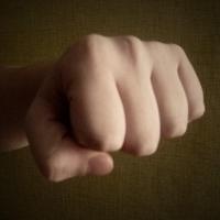 Житель Омской области убил дальнобойщика с одного удара в челюсть