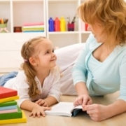 Как, играя, научить ребенка считать
