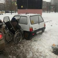 Омич стал инвалидом и живет в Москве в машине