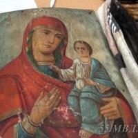 В Омской области молодой человек похитил пожертвования из храма