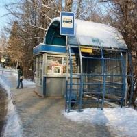 В центре Омска не все бизнесмены вовремя убирают остановки