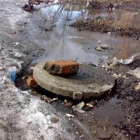 Омичи продолжают разрушать канализационную систему города