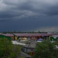 На Омскую область снова надвигается шторм с градом