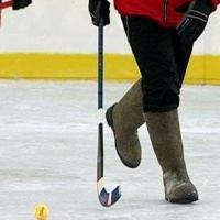 Омские чиновники сразятся в «Хоккее на валенках»